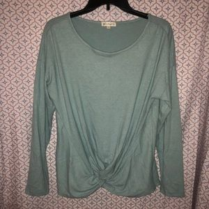 **Knotted Long Sleeve